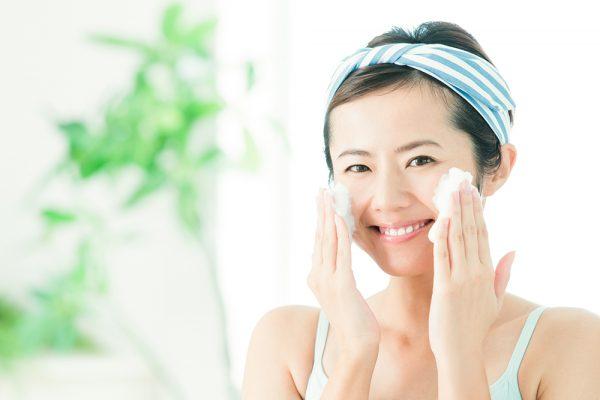 にきびや吹き出物の改善方法ですが、なによりもまずお肌を良い状態に保つことが第一となります。
