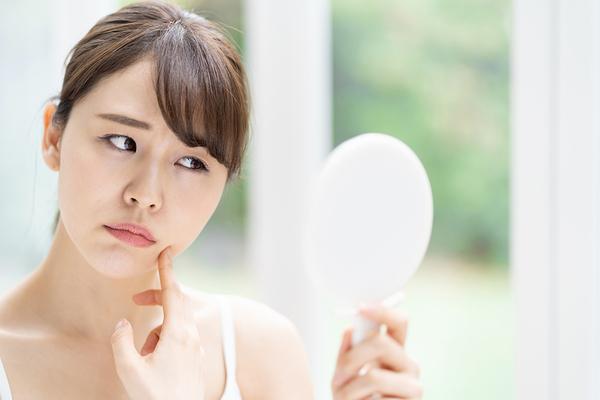 マスクによるお肌の炎症の原因と改善方法とは?詳しく解説サムネイル